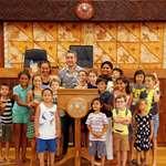 La Crèche-garderie Petite Enfance de Punaauia en visite à l'assemblée de la Polynésie française