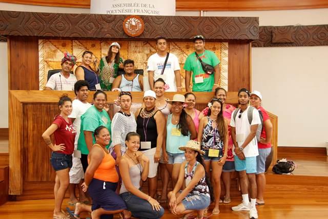 La Fédération des œuvres laïques visite l'assemblée de la Polynésie française