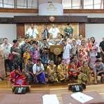 Des élèves de l'école de Sausau, du royaume de Sigave sur l'île de Futuna en visite à l'assemblée de la Polynésie française.