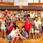 128 enfants d'un centre de vacances organisé par l'UCJG de Papenoo en visite à l'assemblée