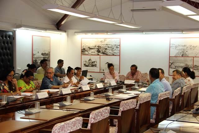 Un dispositif d'aide au développement des pensions de famille examiné en commission du tourisme