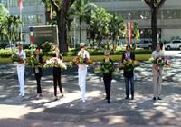 M. Gaston TONG SANG participe à la cérémonie d'hommage aux Morts pour la France