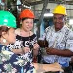 Les membres de la mission d'information portant sur le dispositif de soutien des prix du coprah en visite à l'Huilerie de Tahiti