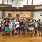Deux classes de l'école Nahoata découvrent l'assemblée de la Polynésie française