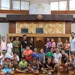 Deux classes de l'école élémentaire de Fitii découvrent l'assemblée de la Polynésie française