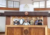 Huit stagiaires du centre de formation Grand Angle ont visité l'assemblée de la Polynésie française