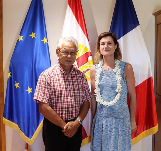 Le président de l'assemblée reçoit Mme Marine de CARNÉ de TRÉCESSON, ambassadrice et secrétaire permanente pour le Pacifique Sud