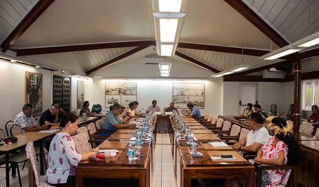 Deux projets de texte examinés par la commission des institutions
