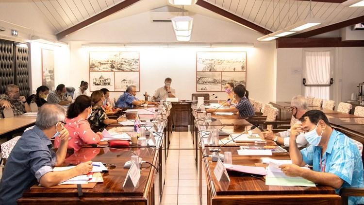 Six projets de texte examinés par la commission de l'économie