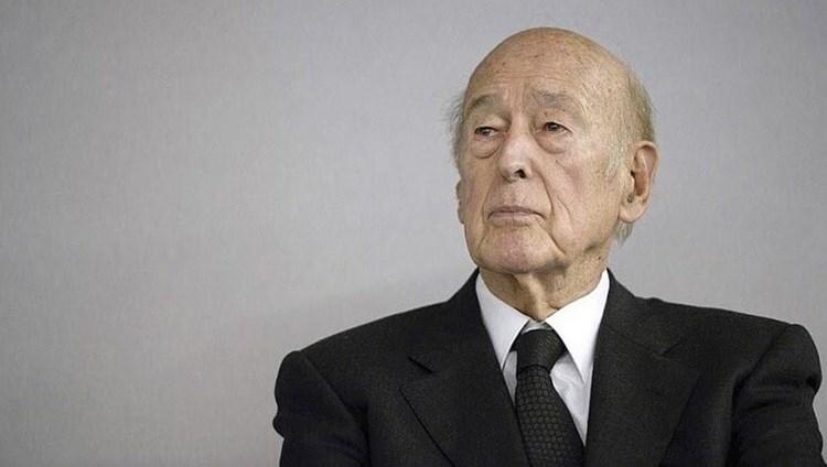 Condoléances du président de l'assemblée suite au décès de l'ancien Président de la République, M. Valéry GISCARD D'ESTAING