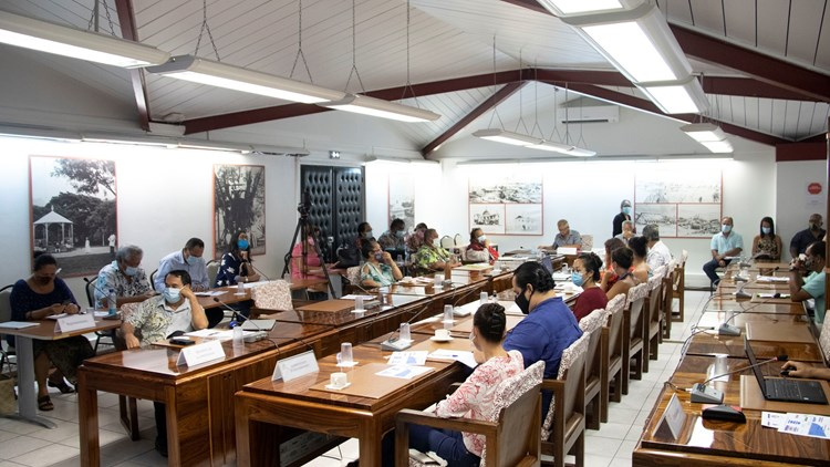Réunion d'information sur les mouillages en Polynésie française en commission des ressources marines
