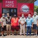 Visite des nouveaux locaux de la fédération tahitienne de va'a en présence de Madame Sylvana PUHETINI