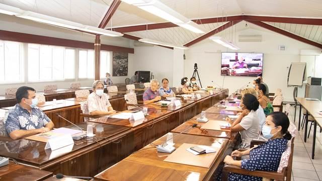 Étude sur l'émigration potentielle de la Nouvelle-Calédonie vers la Polynésie française