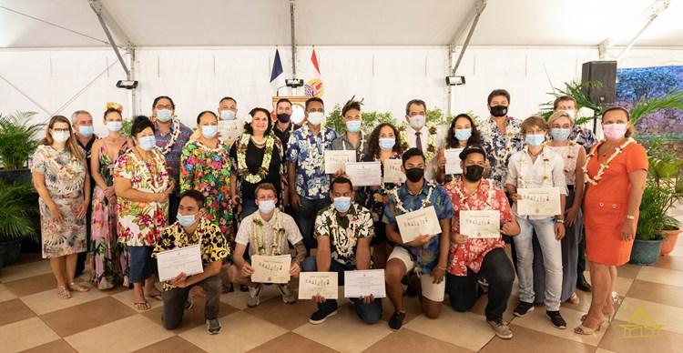 La première vice-présidente assiste à la remise de diplômes des élèves du Centre des métiers d'art de la Polynésie française