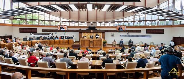 Ouverture de la session budgétaire et adoption de trois textes inscrits à l'ordre du jour