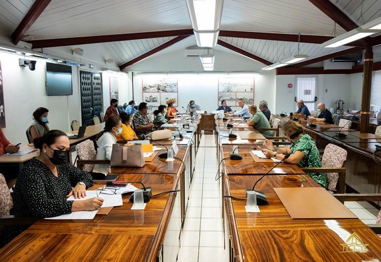 Trois projets de délibération et un projet de loi du pays étudiés par la commission du tourisme